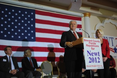 Gingrich touches down on Space Coast