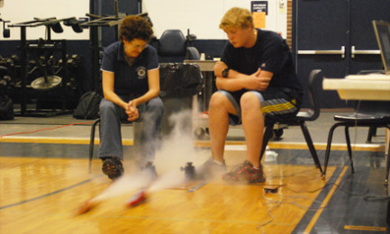CO2 car races teach aerodynamics