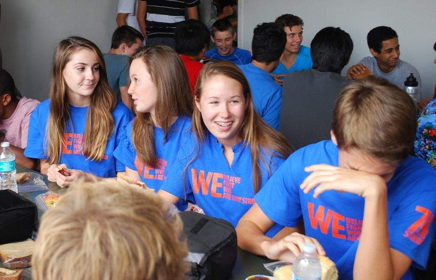 Sophomores Hannah Montgomery, Ashley Norris, Megan Ward and Brandon Sepulveda eat lunch together Thursday, sporting their