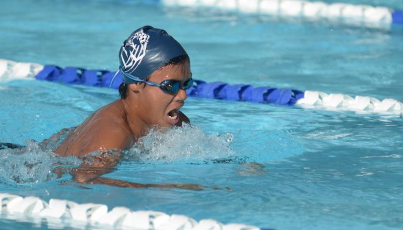 Freshman+Ben+Castillo+competes+in+the+200m+Medley+Relay