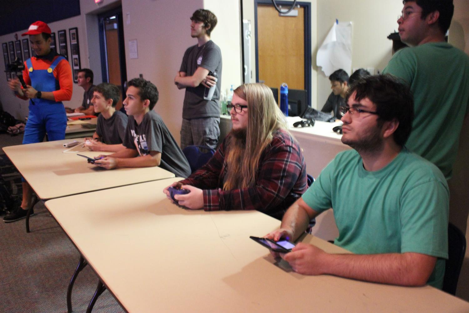 Seniors Sebastian Rivera and Avery East join as a team in the Smash Brothers tournament.