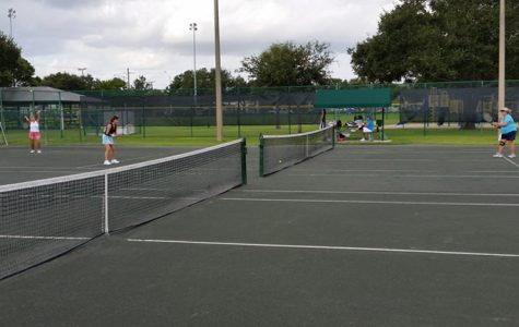 Boys' tennis scores new courts