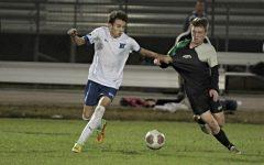Boys' soccer advances to regionals