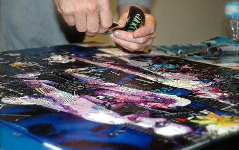 Gores exhibit attracts art students