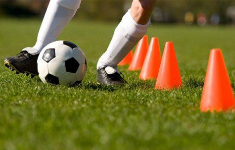 Girls' soccer adjusts to roster changes