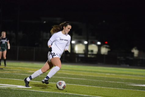 Girls' soccer advances to regional title match