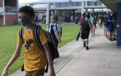 Students, faculty adjust to new mask mandate