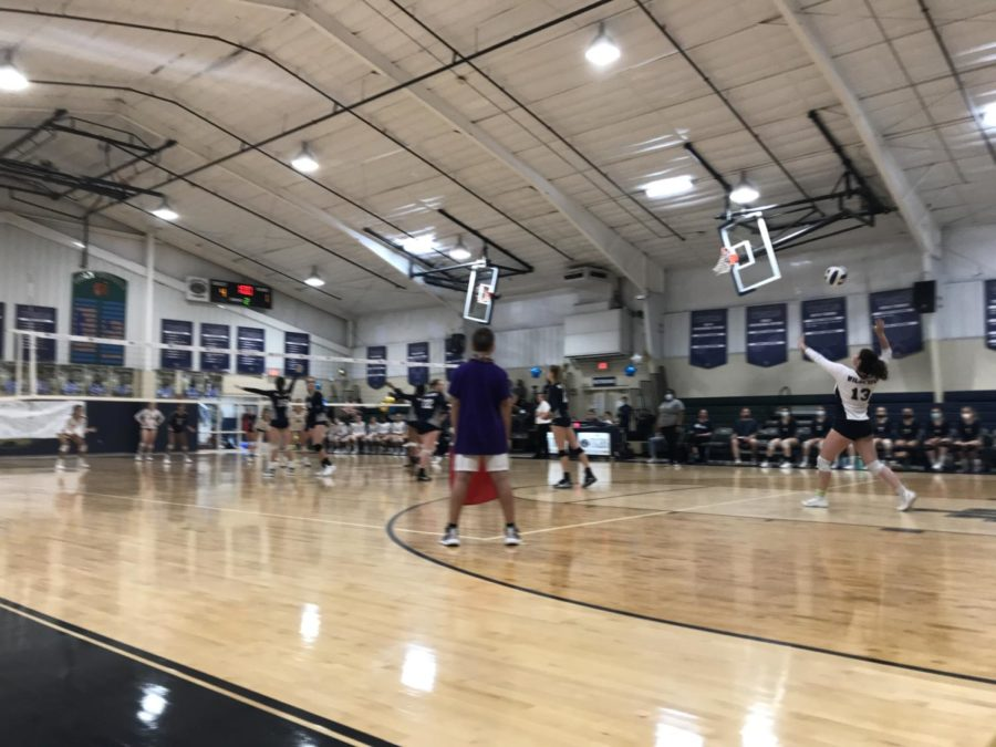 Volleyball upends Eau Gallie; loses to Holy Trinity